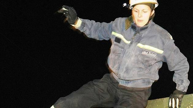 Hasičskou noc pod Ještědem letos absolvovalo i čistě ženské družstvo ze SDH Český Dub.