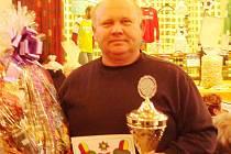 Vítěz turnaje v mariáši Miroslav Škaloud.