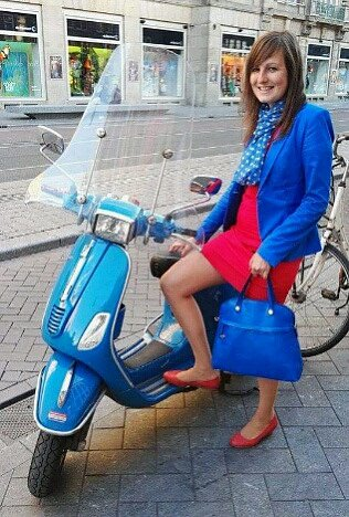 KDO NEMÁ v Amstrdamu skútr či kolo, jako by nežil...