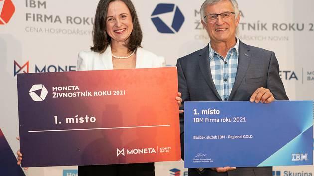 Vítězná firma EcoGlass z Jablonce nad Nisou a vítězná živnostnice Andrea Anna Ježková.