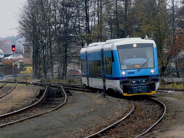 Stadler na trati do Vesce.