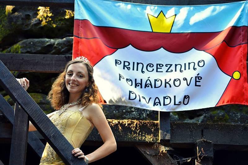 Zámek v Horní Libchavě je pohádkový.