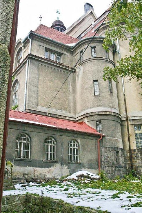 Z kapucínského kostela chce majitel vybudovat kongresové centrum s hotelem.