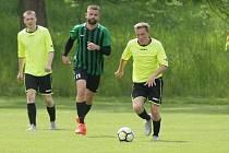 V přípravném fotbale Ruprechtice (ve žlutém) porazily domácí Žibřidice 5:4.