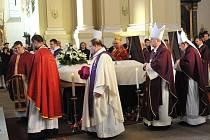 Na obřad se sjeli zástupci církve z celé republiky i zahraničí.