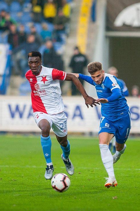 Zápas 12. kola první fotbalové ligy mezi týmy FC Slovan Liberec a SK Slavia Praha se odehrál 21. října na stadionu U Nisy v Liberci. Na snímku vlevo je Benjamin Traore Ibrahim.