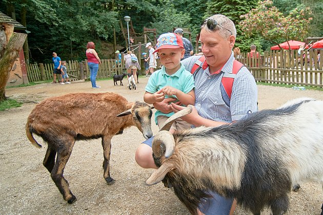 Den dětí si v libereckého zoologické zahradě připomněli tuto sobotu například pohádkou O Plaváčkovi.