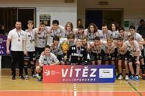 Vítězné družstvo starších žáků.