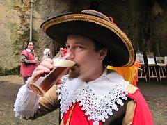 Na znovuprobuzení pivovaru se těší i vévoda Albrecht z Valdštejna.