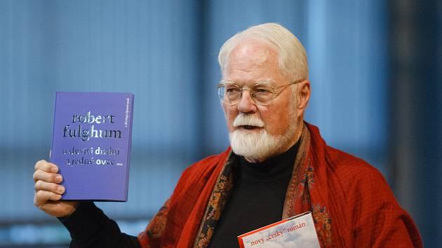 Robert Fulghum představil v liberecké knihovně svou novou knihu.
