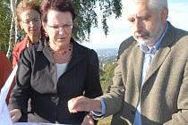 MINISTRYNĚ DANA KUCHTOVÁ NAVŠTÍVILA KRAJ. Představitelka ministerstva školství naštívila v pátek Liberecký kraj a seznámila se se stavem příprav na MS Liberec 2009.