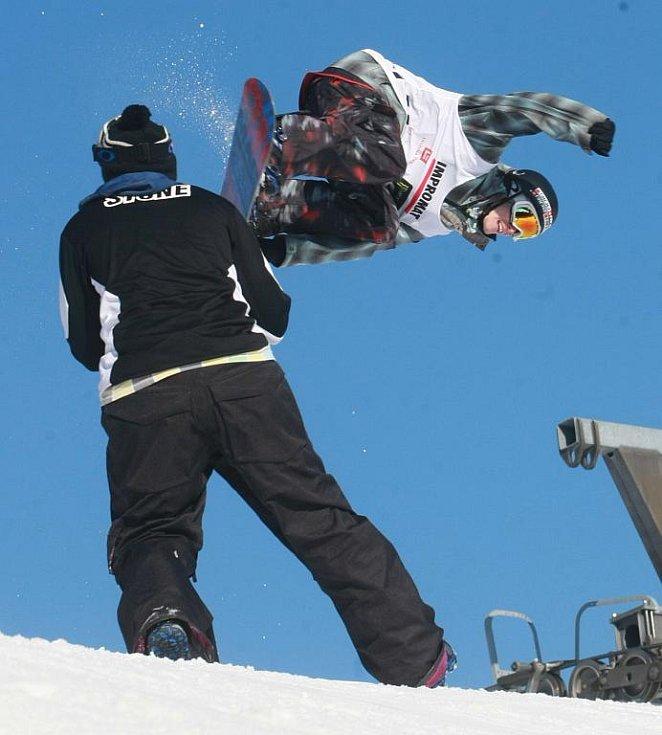 V sobotu 27.2. se na ještědských Pláních jezdil Český pohár ve snowboardingu.