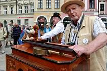 V Liberci se tento týden koná druhý ročník setkání flašinetářů z Čech i celé Evropy, nazvaný Liberecký flašinetář.