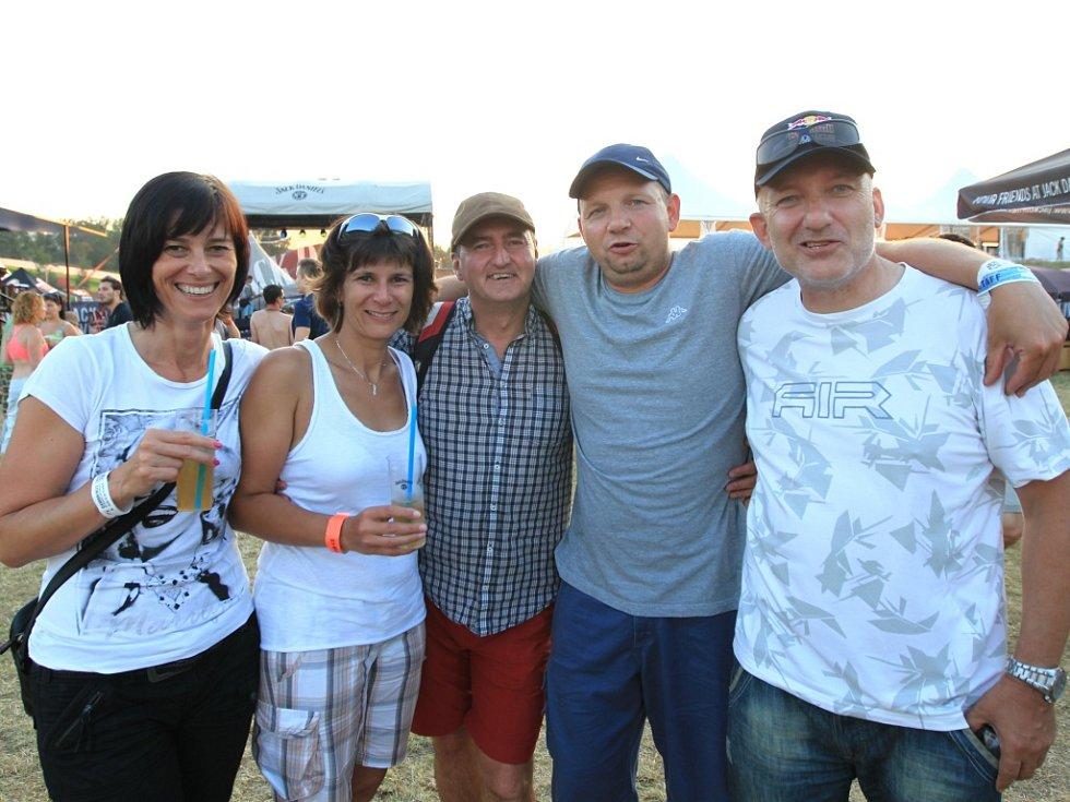 V sobotu 27. července pokračoval hudební festival Benátská noc 2013 v lyžařském areálu v Liberci - Vesci hlavním programem.