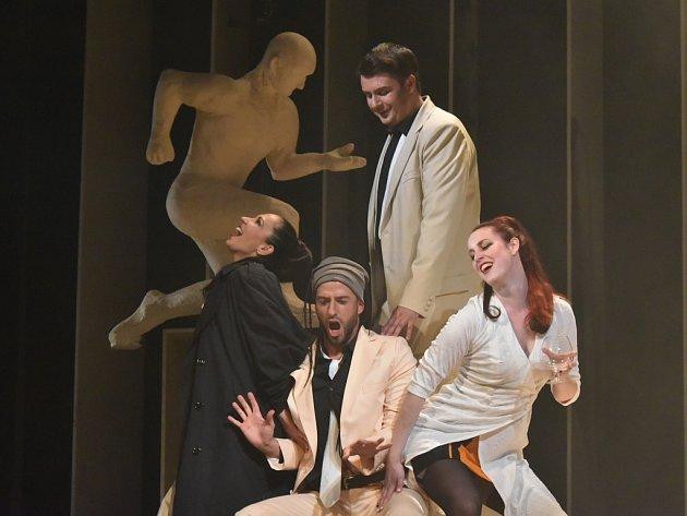 Opera Šaldova divadla chystá jako poslední premiéru mimořádnou záležitost od Julese Masseneta Thaïs.