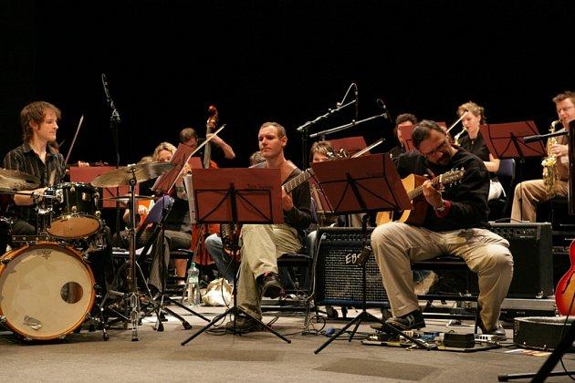 AZZOVÁ NOC. Dalším hostem pravidelného pořadu bude seskupení Jazz Efterrät.