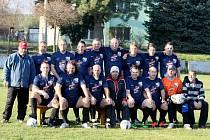 Startuje fotbalová III. třída Sever a zatím ji vedou Kunratice (na snímku).