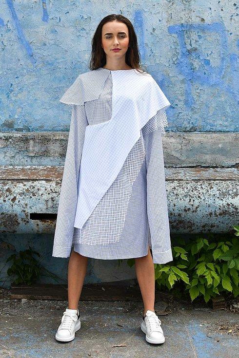 Návrh oděvu od Anny Střídové.