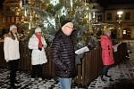 K celorepublikové akci Česko zpívá koledy se ve středu 12. prosince 2018 opět přidal i Frýdlant. Šest známých koled a vánočních písní si u vánočního stromu na náměstí T. G. Masaryka zazpívalo v chladném počasí kolem sedmi desítek lidí.