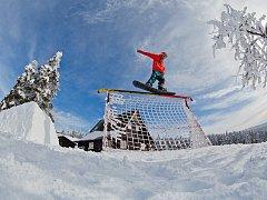 """Ve Špindlerově Mlýně se v sobotu 31. ledna uskuteční snowboardový happening """"Just Ride!"""""""