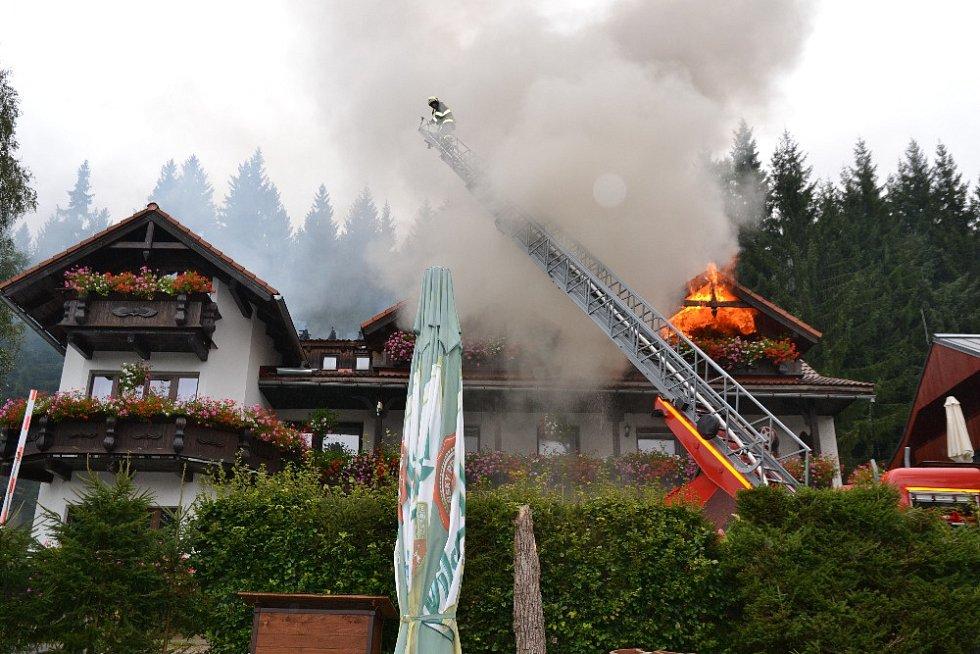 Požár v Harrachově.