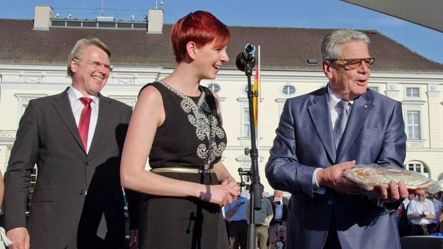 REGIONÁLNÍ PRODUKTY prezentují kraj i na různých mezinárodních veletrzích cestovního ruchu. Díky tomu ochutnal Jílovské perníčky Karly Srbové i německý prezident Joachim Gauck.