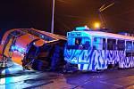 V Dolním Hanychově se srazily tramvaje