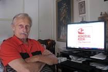 OSMASEDMDESÁTILETÝ bývalý automobilový závodník Jiří Berger stále hýří dobrou náladou.