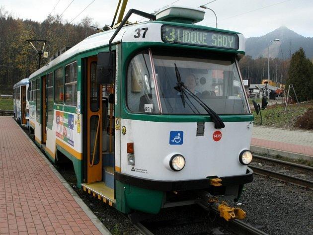 Tramvaj pod Ještědem, MHD Liberec. Ilustrační foto