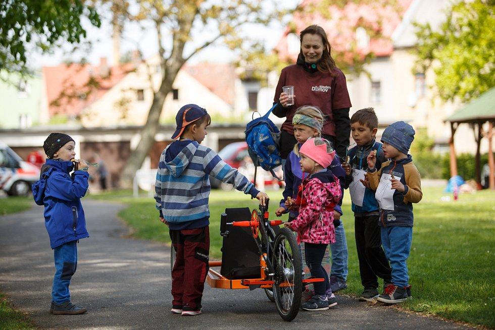 Charitativní akce Boříme bariéry aneb spolu to jde líp, pořádaná gymnáziem Frýdlant.