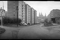 TO ČESKÉ TAO. Tak se jmenuje výstava panoramatických fotografií Ivana Lutterera v Galerii U Rytíře. Návštěvníci si mohou prohlédnout šedesát jeho panoramat, zobrazujících všednost.