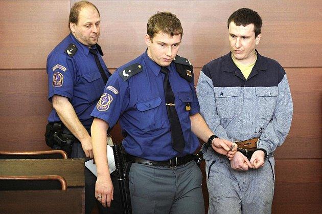 Liberecký žhář je u soudu