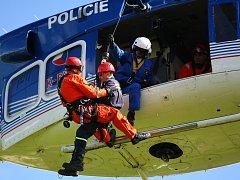 Cvičení IZS při simulovaných povodních v Příšovicích a Přepeřích na Liberecku