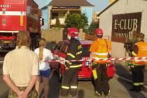 V Liberci na Františkově zasahují hasiči u velmi nestabilního domu.