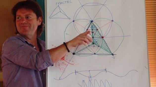 Britský bioarchitekt Michael Rice bude přednášet v Liberci.