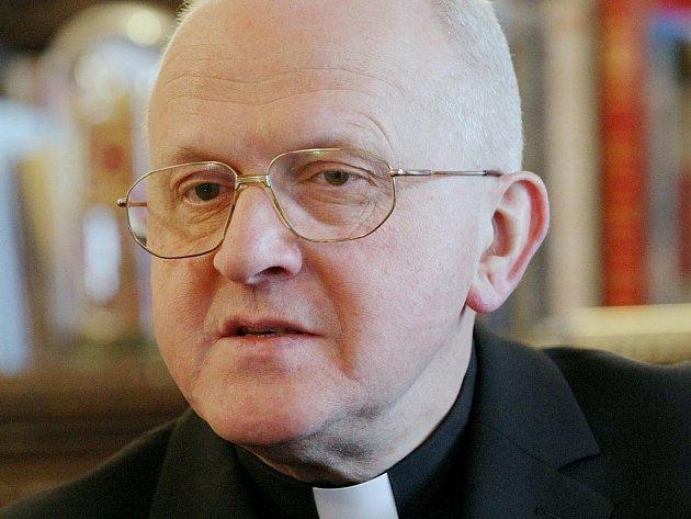 MONS. JAN BAXANT, dvacátý litoměřický biskup, nám poskytl ve své rezidenci na Dómském pahorku příjemný rozhovor o vánočních svátcích, svých osobních zážitcích a přáních.