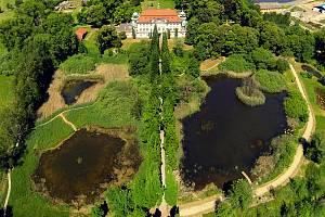 Mokřad v Jablonném v Podještědí zachycený dronem.