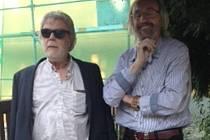 JAN KANYZA a Martin Chaloupka. Herec a malíř přijal pozvání ředitele muzea betlémů a svého dlouholetého přítele pana Martina Chaloupky a přijel do Kryštofova Údolí.