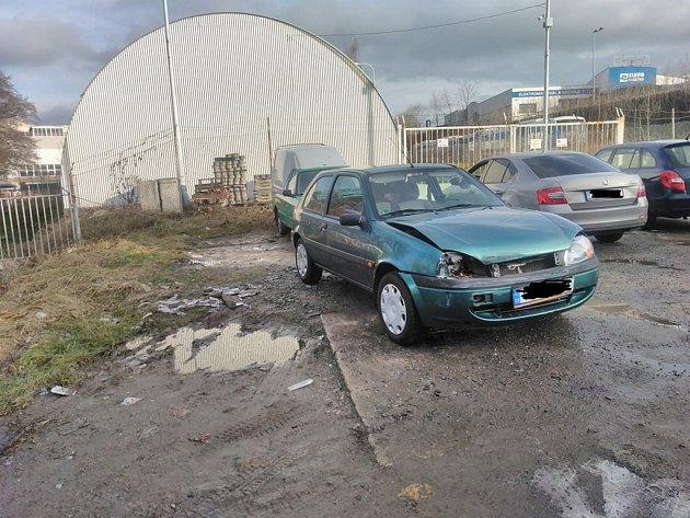 Sobotní nehoda u bývalého Baumaxu.