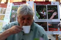Férová snídaně. Tak se jmenuje akce, která propaguje produkty fair trade a která se ve čtvrtek 10. května usídlila před OC Plaza.