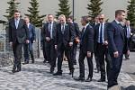 Prezident České republiky Miloš Zeman navštívil 9. května společnost Trevos v Turnově. Na snímku příjezd prezidenta.