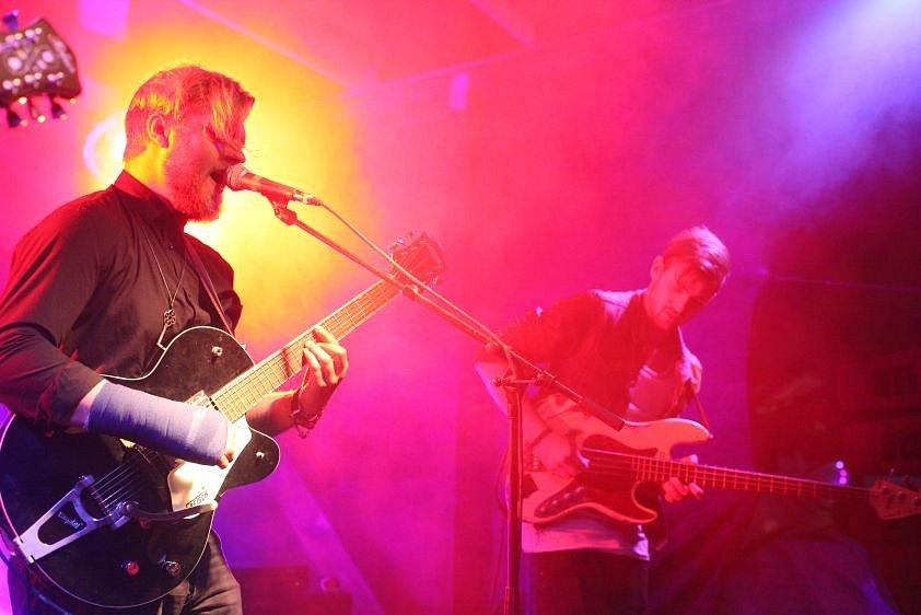 HURRICANE DEAN. Zvukomalebná kytarovka z Hamburku.