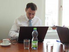 On-line rozhovor s hejtmanem Libereckého kraje Martinem Půtou.