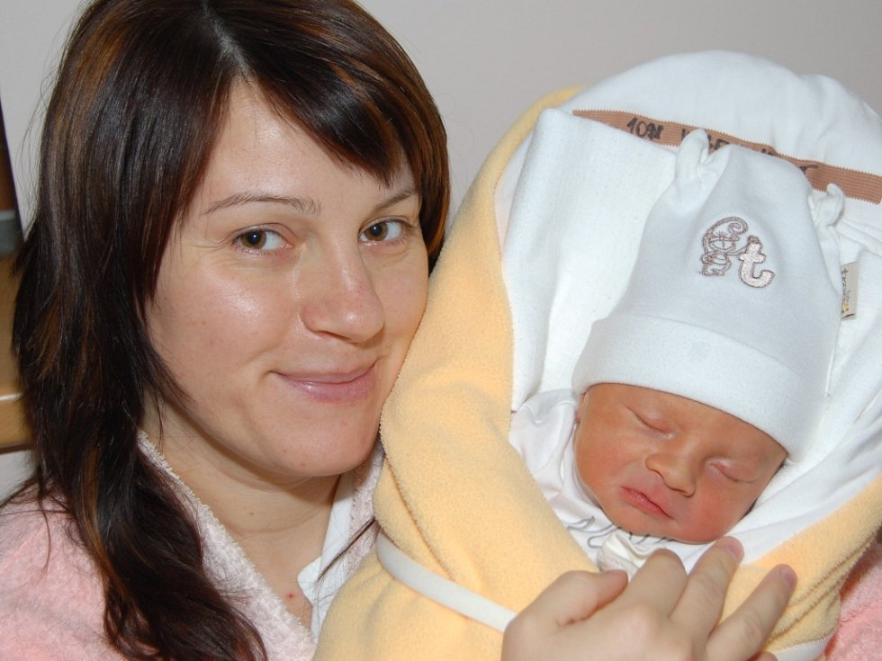 Mamince Ladě Krackové z Jeřmanic se 1. října narodil syn Jiří Vágenknecht. Měřil 47 cm a vážil 2,65 kg.