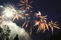 Slavnosti ohně na Státním zámku Sychrov.