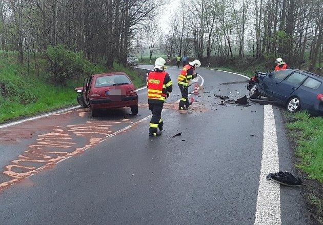 Dopravní nehoda uMníšku.