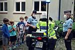 Policisté odstartovali návštěvy na letních táborech.
