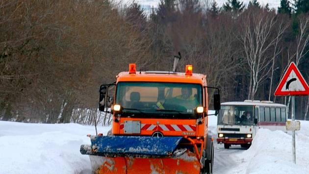 Každou zimu dělá nejvíc starostí řidičům na Liberecku kopec u Albrechtic.