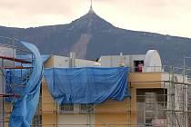 BYDLENÍ. Desítky nových bytů vznikají v nové zástavbě v libereckém Zeleném údolí