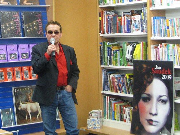 Jan Saudek na besedě v Liberci.